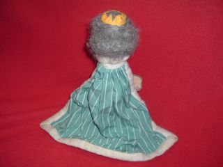 Vintage Mr Rogers King Hand Puppet Great Condition Wood Head