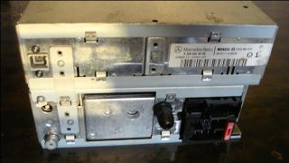 Mercedes Benz CLK W208 Radio Comand System Navigation A2088204089