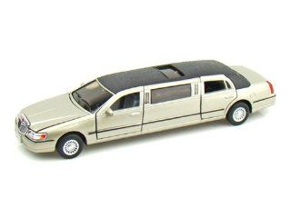 1999 Lincoln Town Car Stretch Limousine 1/38 Gold Toys